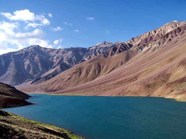 Chandra Tal Lake is situated at a height of 4300 m and 6 km away from the Kunzum Pass in Lahaul & Spiti district of Himachal Pradesh, India.....!!!!