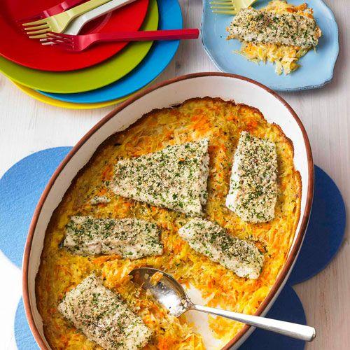 Fischfilet unter der Parmesan-Kruste auf Möhren-Kartoffelgemüse