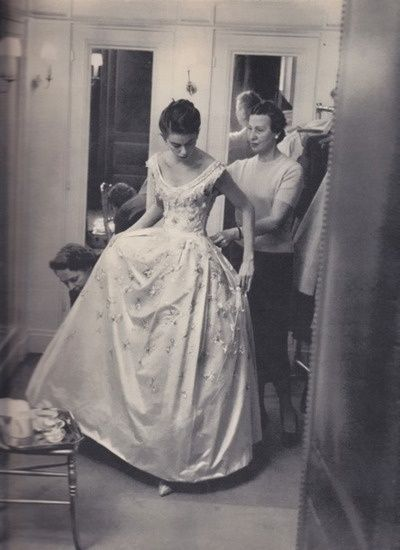 Yves Saint Lau For Dior Gown 1958 In 2018 Pinterest And Dresses