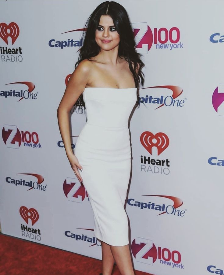 Pin by ღღღღღღ on Selena Gomez | Strapless dress formal ...