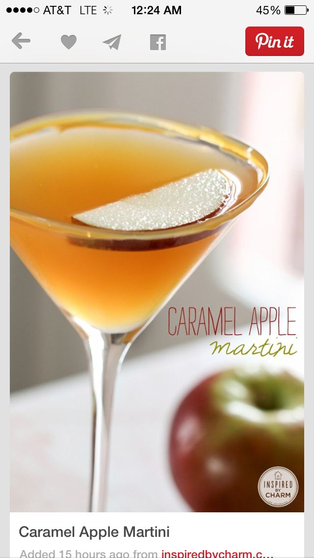Spoil your guest this Fall with this delish Carmel Apple Martini. #martini #fallevents #carmelapple
