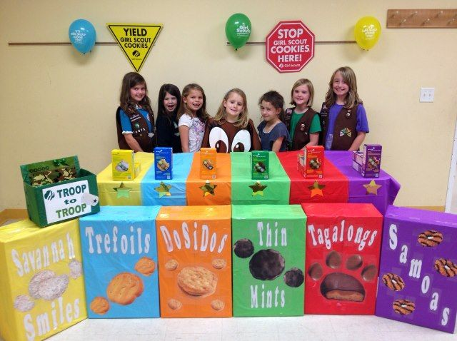 My what large cookie boxes! #BlingYourBooth > bit.ly/1Pxsjfz
