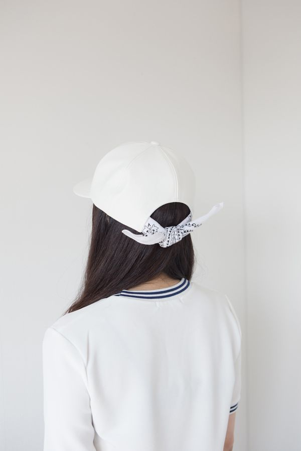 how to tie a bandana to wear under a hat