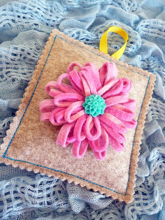 Wool felt lavender bag with pink felt flower brooch by ColourSplashbyCath, £8.50