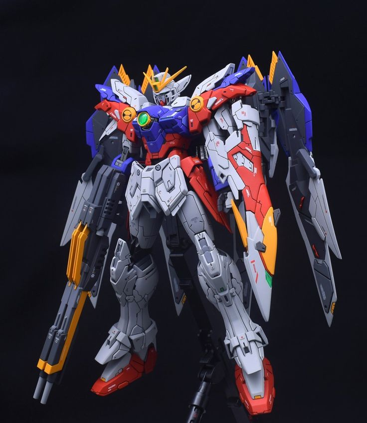 MG 1/100 Wing Gundam Proto Zero - Customized Build     Modeled by  soju2562