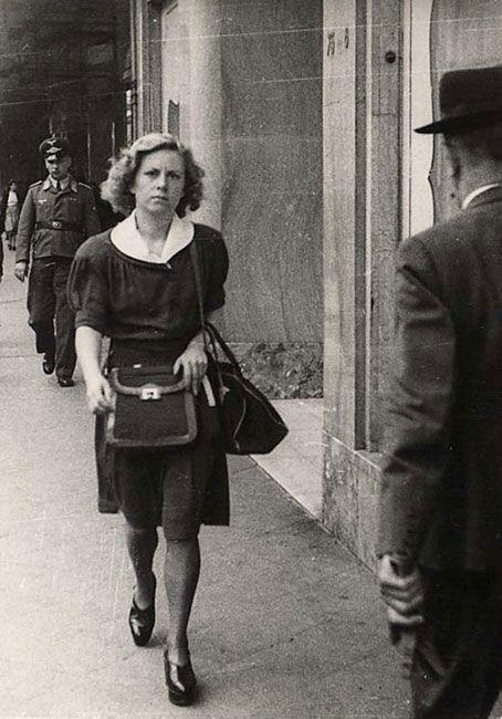 Andrée Geulen. Belgique. Le professeur belge qui est devenu le sauveur de centaines d'enfants ~ Link pour son histoire de bravoure.