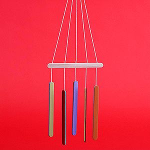 Simple Wood Crafts: Craft Stick Wind Chimes (via Parents.com)