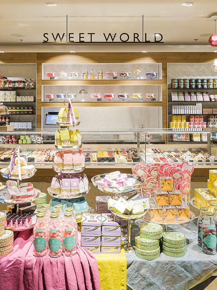 #globus #savoirvivre #departmentstore #store #sweetworld #deli