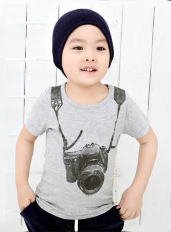 Camera T-Shirt – Poppatosh