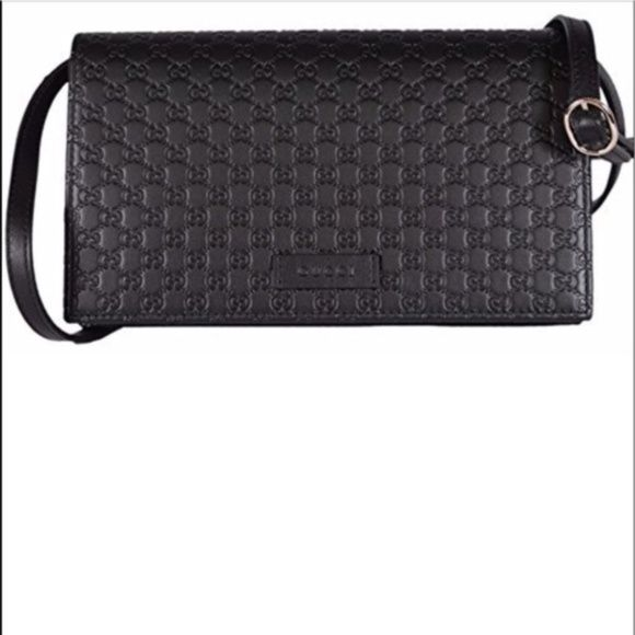 NWT GUCCI CROSSBODY EMBOSSED BLACK LEATHER BAG AUTHENTIC AND BRAND NEW ---  FREE AUTHENTIFICATION bcbf8d9efa