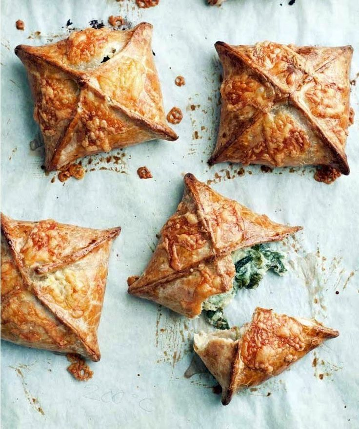 Wholemeal Spinach, Feta And Potato Pies #howto #tutorial