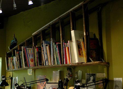 échelle biblio: Book Shelf, Bookshelves, Idea, Old Ladders, Diy'S, Decoration, Book Shelves, Ladders Shelves, Ladders Bookshelf