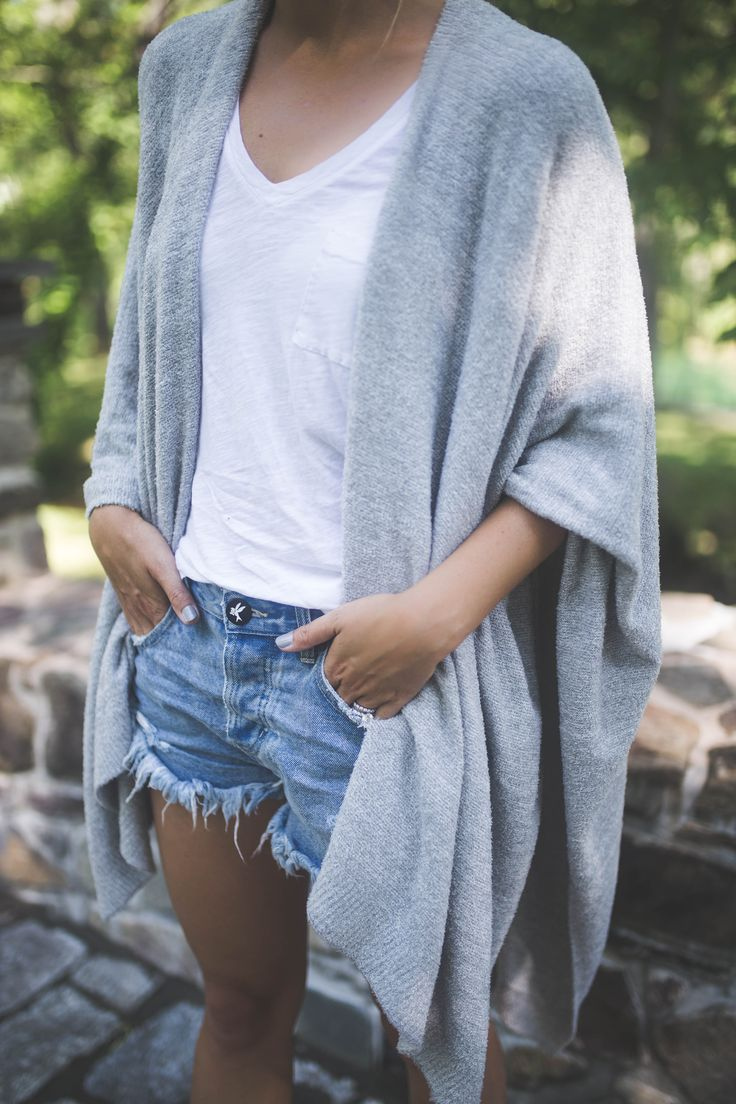 TRANSITIONING YOUR WARDROBE FROM SUMMER TO FALL - Styled Snapshots