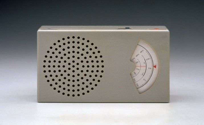 Radio by Dieter Rams