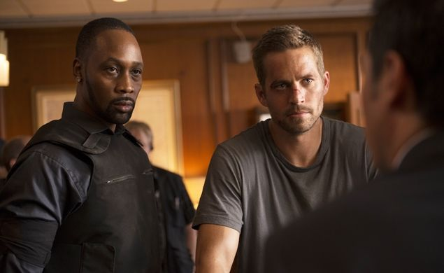 Trailer for 'District B13′ remake 'Brick Mansions', starring Paul Walker and produced by Luc Besson