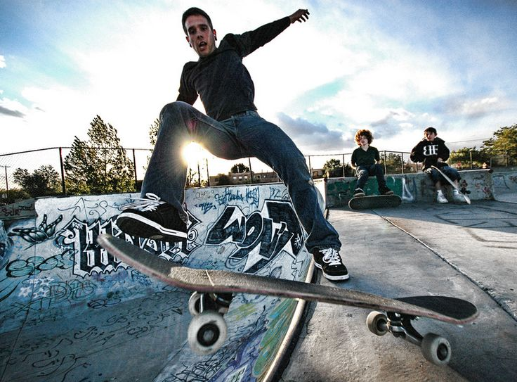 25 Spectacular Skateboarding Pictures