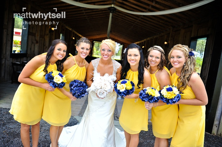 Yellow bridesmaides dresses