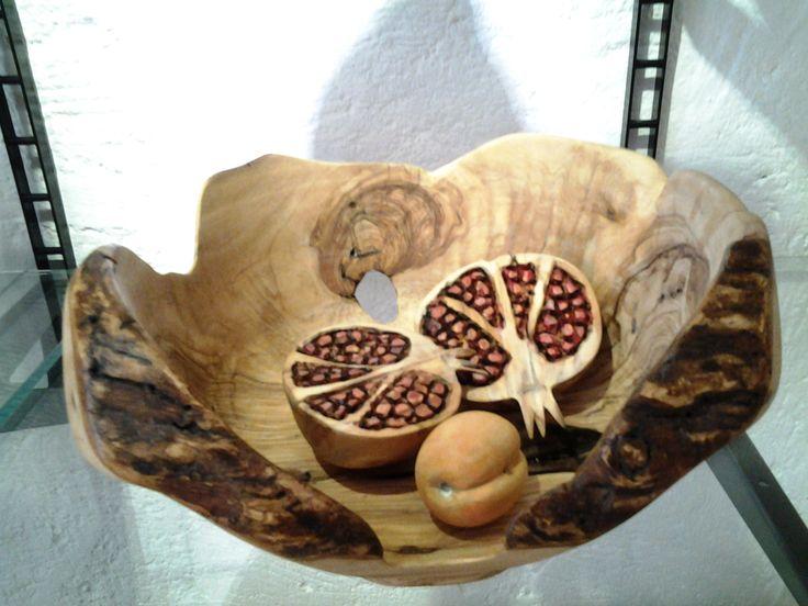 #composizione #legno #d'ulivo #lavorazione #dipinto a mano #made #in #Italy #melagrana #pomegranate #art