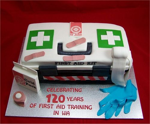 ambulance cake | photo