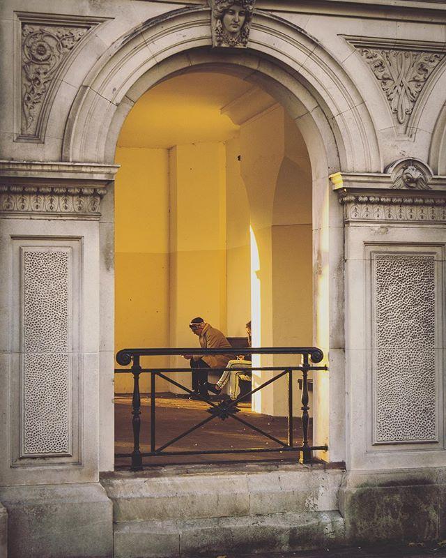 Looks like nice place to relax new #oldandnew #arches #gameoflight #igers #igerlondon #fastpace #thisislondon #igersoftheday #igersdaily #daily #dailypost #iglife #explorer #explore #neverstopexploring #lookaround #serialtraveler #exklusive_shot #beautifuldestinations #visualoftheday #ig_LondonUK #kings_villages #agameoftones #toplondonphoto #ig_masterpiece #visitlondon #picoftheday