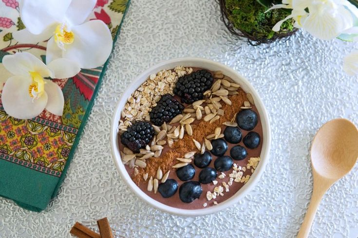 Vegan Goddess Breakfast Blast Bowl: Feel the calm of a lovely morning with this delicious and absolutely healthy breakfast bowl. Make this recipe, pour it into your favorite bowl and top with fresh sunflower seeds, a dash of cinnamon, berries, oats and more.