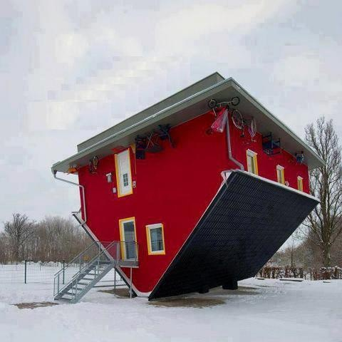 find this pin and more on extreme houses - Extreme Houses