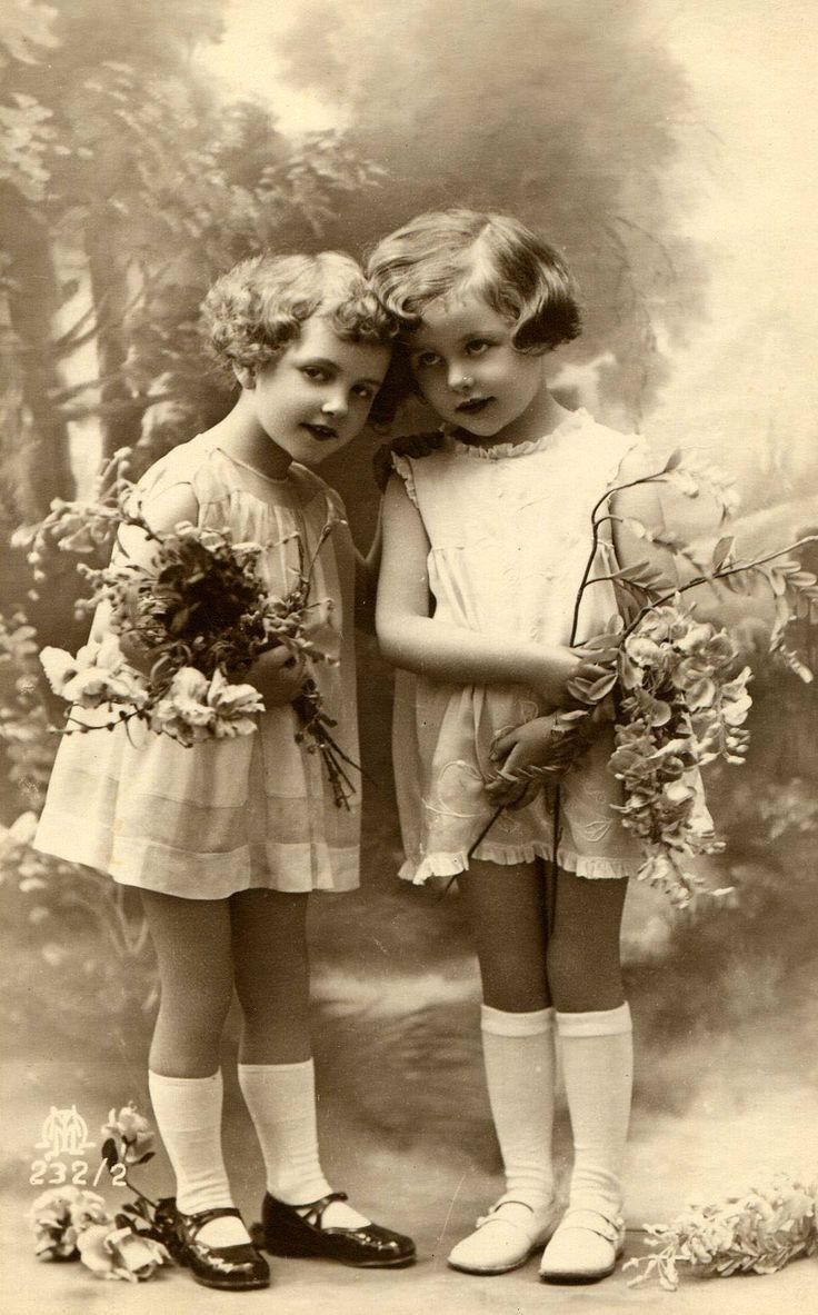 Best 25 Vintage Photographs Ideas On Pinterest