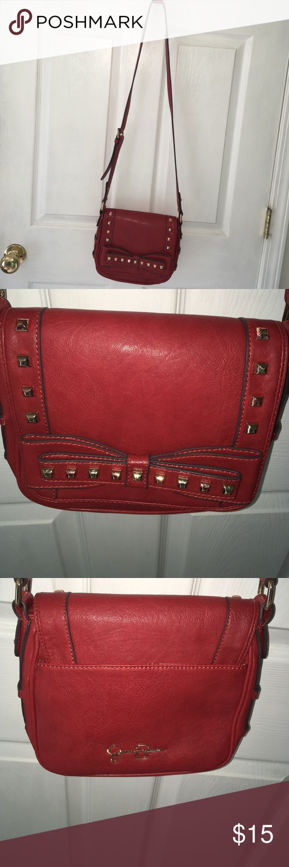 Jessica Simpson purse Jessica Simpson crossover purse Jessica Simpson Bags Crossbody Bags