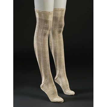 1800-1829 ca. Pair of Knitted Silk Stockings, English. collections.vam.ac.uk suzilove.com