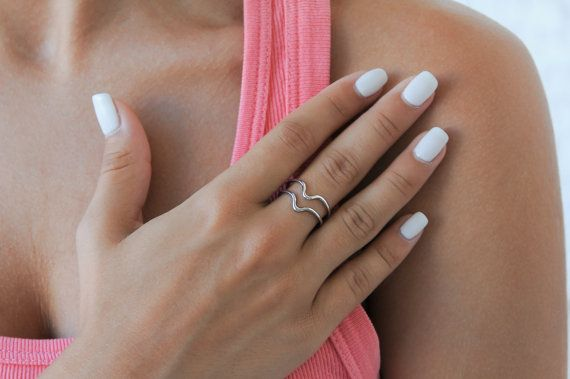 Minimalist ring Chevron ring Sterling silver wire by Wavejewels