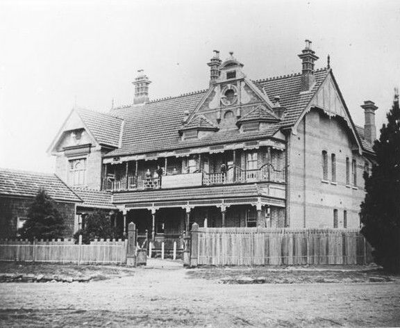 Belgravia Hotel which was part of the Hydro Majestic Hotel complex,at Medlow Bath in the Blue Mountains region of New South Wales in 1910. National Library of Australia.