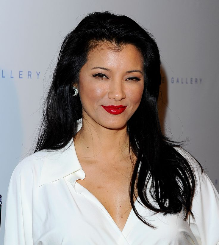 Kelly Hu - Best Buddies ''The Art of Friendship'' Benefit Photo Auction in West Hollywood 3/3/16