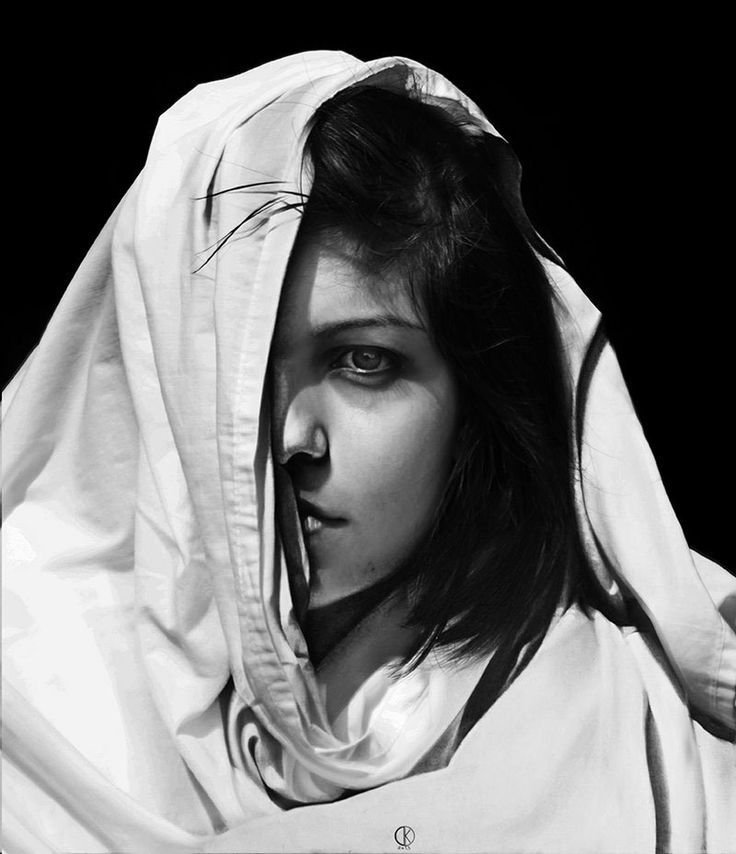 Artist Diego Fazio (better known online as DiegoKoi and previously featured here) can do some incredible things with a pencil. His hyperrealistic portraits are so lifelike, many may confuse his drawings for black and white photographs. Born in 1989 in Lamezia, Italy, the emerging talent is self-taught