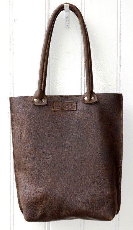 Leather Tote Bag Spacious Shoulderbag Robusto by LABOURofART