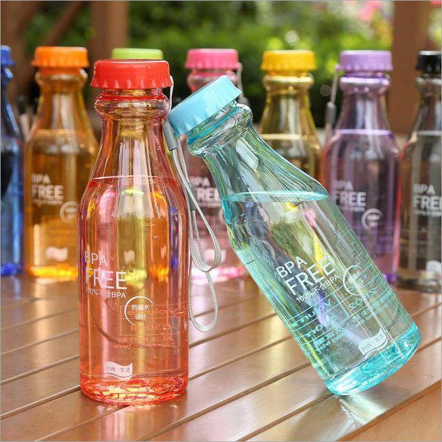 500 ml BPA portable envío de botellas de refrescos en forma de agua de plástico del deporte para los niños con la cuerda fácil de llevar entrega rápida