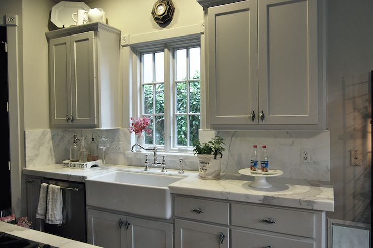 36 best decorating ideas images on pinterest living room arquitetura and kitchens on farmhouse kitchen grey cabinets id=30193