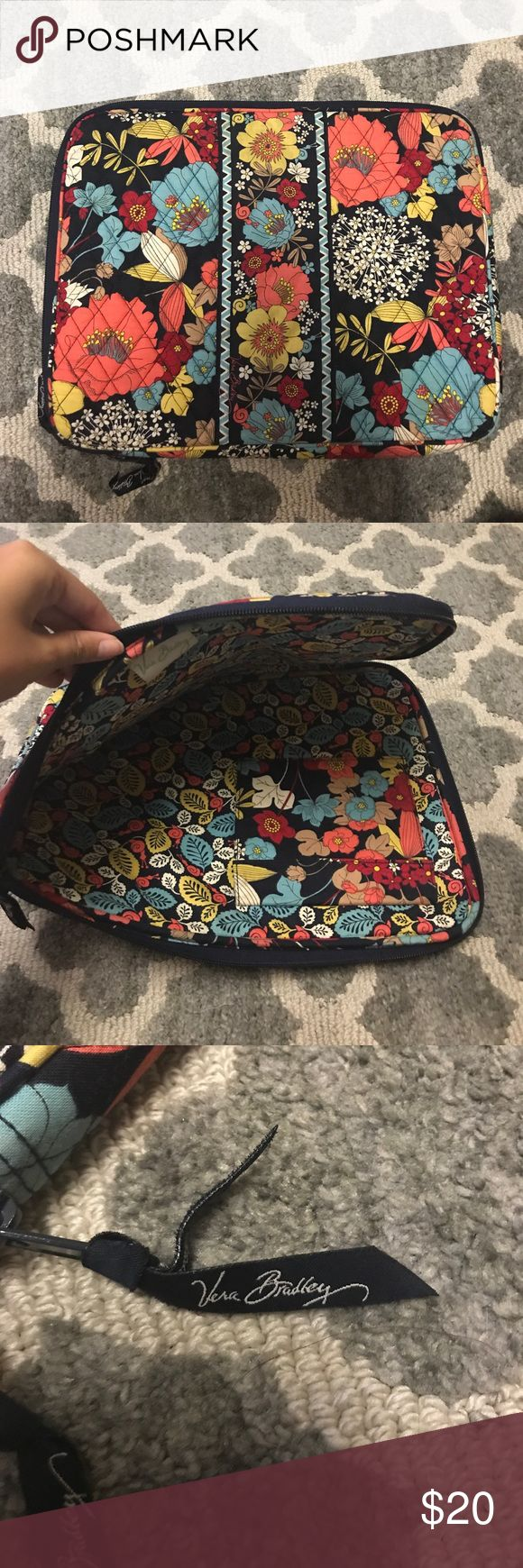 "Like New Vera Bradley Laptop Case! Super cute navy and floral laptop case! Fits 13"" Macs/Laptops! Vera Bradley Accessories Laptop Cases"