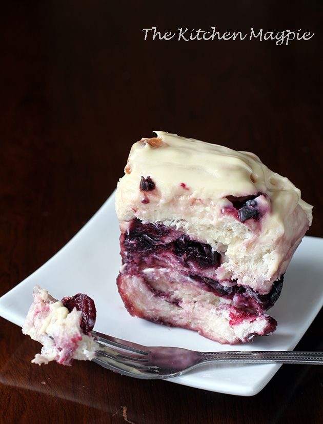 Cherry cheesecake pull apart loaf. Amen. #recipes #food #sweets #baking