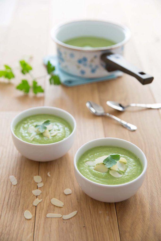 Velouté de brocolis aux amandes - chaud ou froid