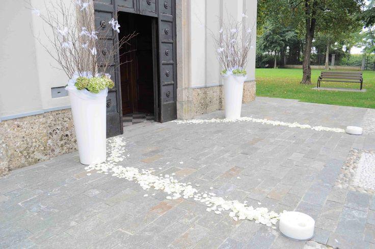 addobbo chiesa vasi bianchi - Cerca con Google
