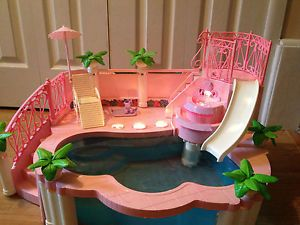 Barbie pools and i had on pinterest for Barbie doll house with swimming pool
