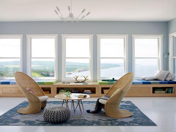 Dom w Nowej Szkocji, w Kanadzie, na wzgórzu Cape Breton, z widokiem na zatokę Świętego Wawrzyńca.  Zdjęcia: Lucas Allen