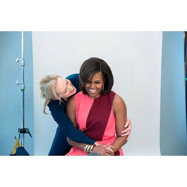 I'm sorry. What?! This has to one of the cutest things.. Meryl Streep & Michelle Obama