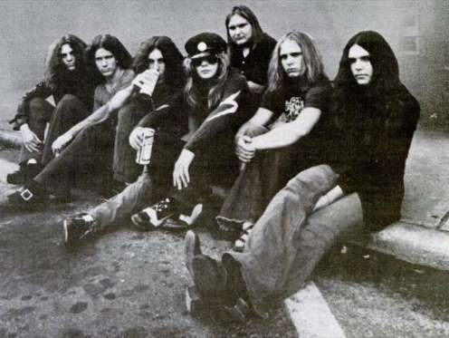 Three members of Lynyrd Skynard—vocalists Ronnie Van Zant and Cassie Gaines, and guitarist Steve Gai... - Provided by Best Life