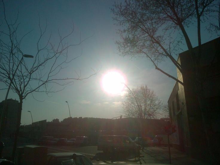 Atardecer de primavera en Sancho de Ávila 22@ - Barcelona