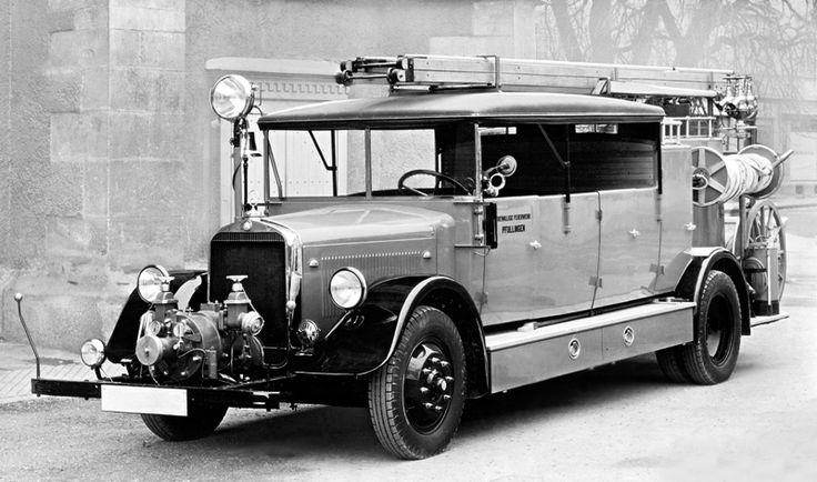 Mercedes-Benz LoS 2000 Feuerwehr-Motorspritze mit Vorbaupumpe (L 60) '1935