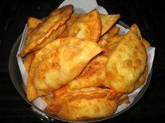 Cucina siciliana, i pidoni fritti di Messina detti pituni o pitoni | Ricette di ButtaLaPasta