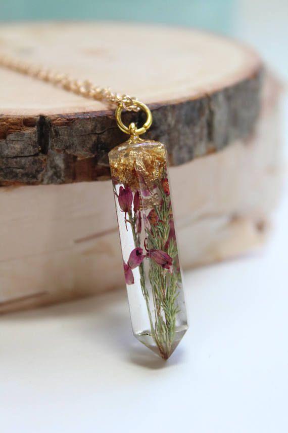 Flower charm necklace Pressed flower necklace Terrarium necklace White Hydrangea Necklace Flower jewelry Flower jewellery