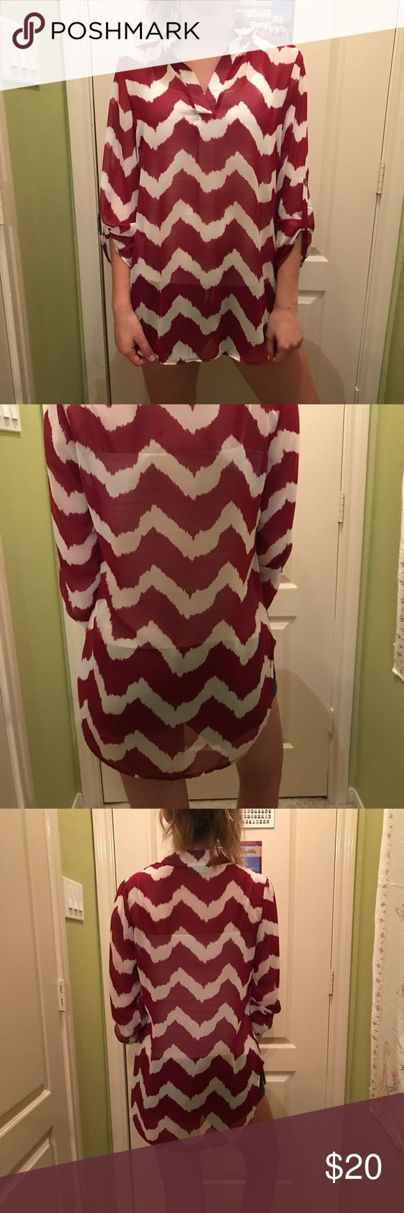 Maroon & white chevron top Maroon and white chevron top by Filly Flare! Size M. Super light and comfy!! This is also a great fall top for any occasion, it can be dressed either up or down! Great with jeans or tucked into a skirt or shorts. Tops Blouses