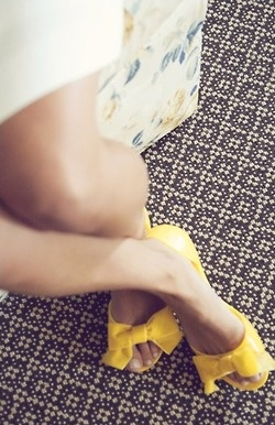 cute yellow spring shoes ! Olive Juice Photography via Style Me Pretty